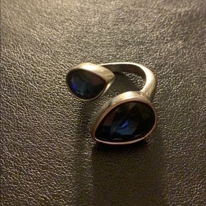 blue stoned ring